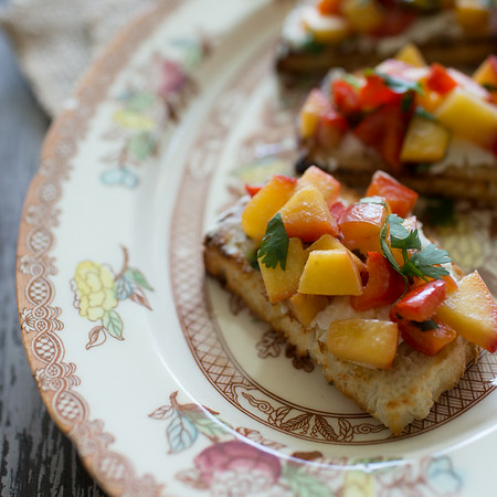 Girard's Champagne Bruschetta - an easy appetizer (or light lunch) from Sidewalk Shoes! #appetizer #bruschetta #Girards