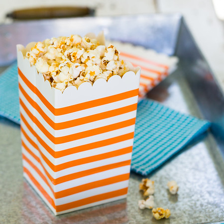 Sriracha Honey Popcorn sweet, spicy and addictive!