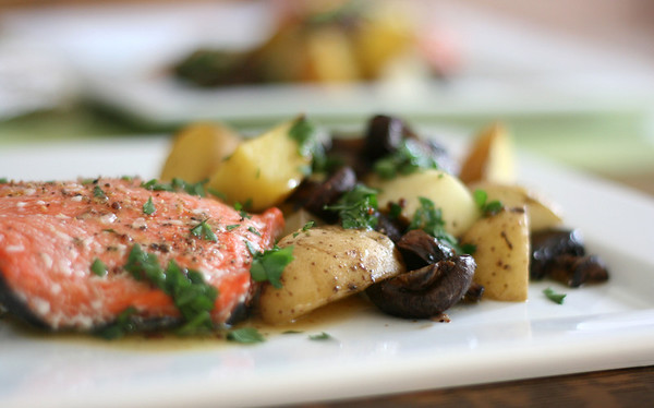 Salmon with potatoes and mushrooms