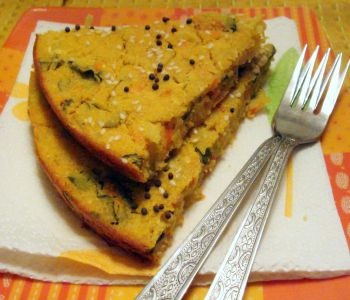 Handvo-Healthy Vegetable Cornmeal Cake