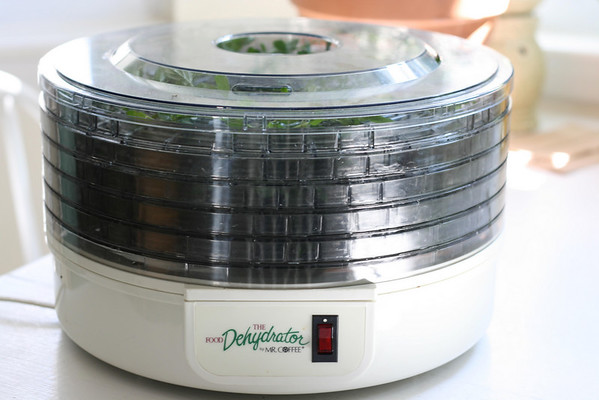 Dehydrator