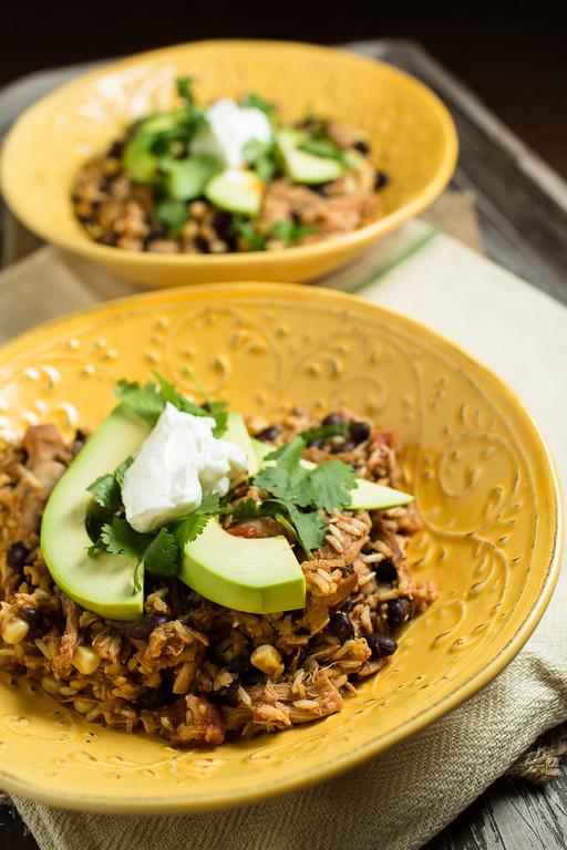 Slow Cooker Chicken Chile Burrito Bowls