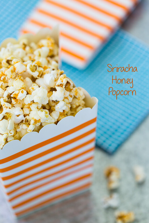 Sriracha Honey Popcorn - the combination of sweet and spicy is addictive!