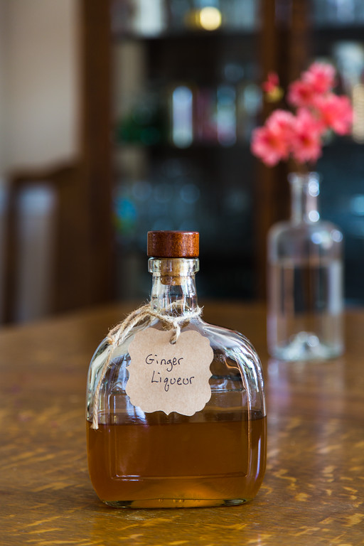Homemade Ginger Liqueur - warm, rich and smooth and so easy to prepare!