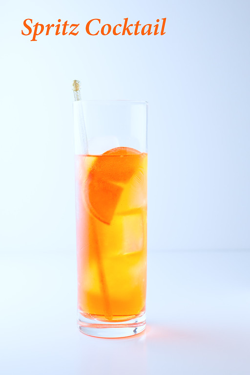 Spritz Cocktail - an easy Prosecco and Aperol Cocktail