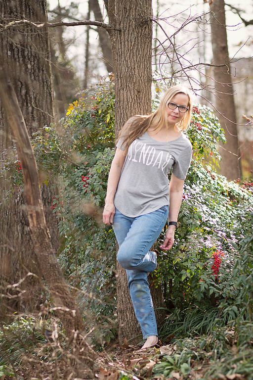 Fashion over 50 | Nine West Flats | Kut from the Kloth jeans, and t-shirt from Fifth Sun | Grey is the New Black