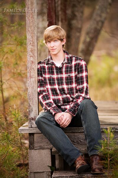 Chattanooga Senior Portrait boy on porch